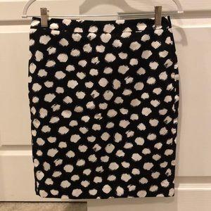 LOFT black & white print pencil skirt